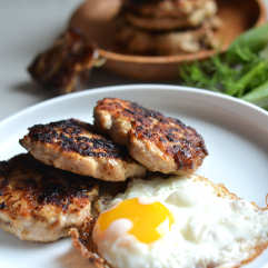 These Caramelized Fennel & Date Chicken Sausage Recipe is a naturally sweetened breakfast meat that is super easy to make and nourishing for your whole30 or paleo life!