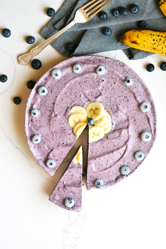 This Blueberry Banana Nice Cream Tart is perfect Paleo and Vegan dessert for hot summer days! Simple to make and a healthy frozen treat!