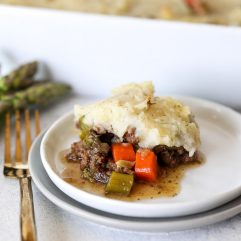 This Whole30 Spring Veggie Shepards Pie is the perfect hearty and healthy dinner and everyone will love!