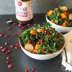 This Sheet Pan Kale & Chicken Sausage Salad is a simple and whole30 way to get dinner on the table quickly!