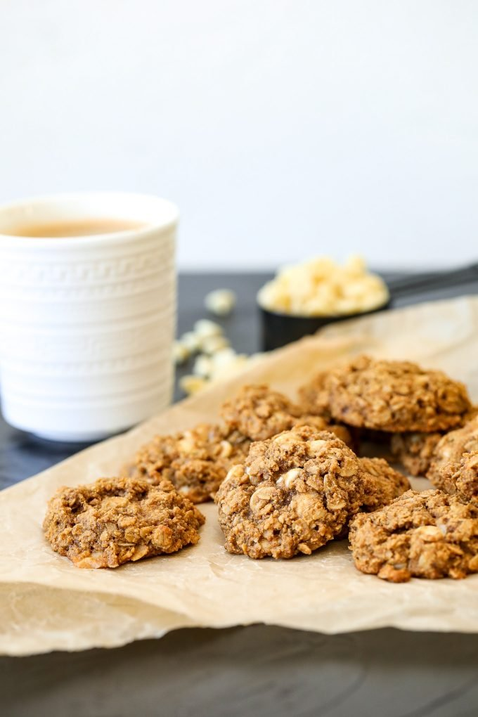 These Pumpkin Spice Latte Cookies are gluten free, refined sugar free and easy to make!